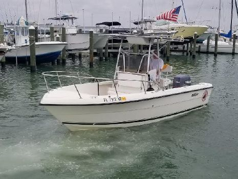 1995 PURSUIT 2150