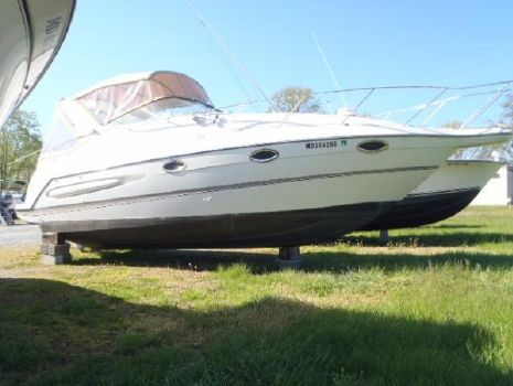 2000 Maxum 2800 SCR Starboard Bow