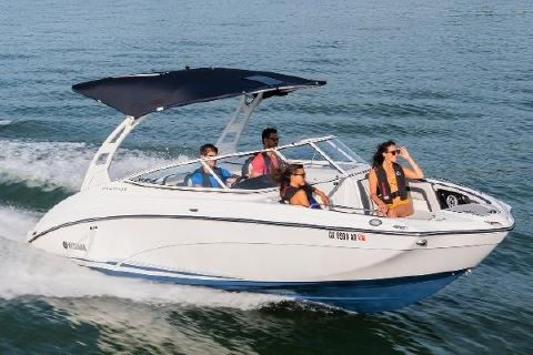 2019 Yamaha Boats 242 Limited S E-Series Manufacturer Provided Image