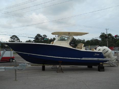 2017 Scout Boat Company 300 LXF