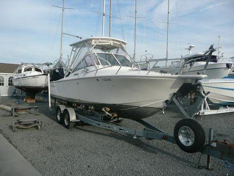 2004 Albemarle 248 Express Fisherman