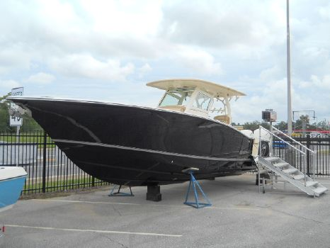 2017 Scout Boat Company 350 LXF