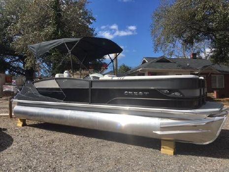 2017 Crest Pontoon Boats Caribbean 250 SLR2