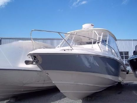 2013 Boston Whaler 320 Outrage Cuddy Cabin