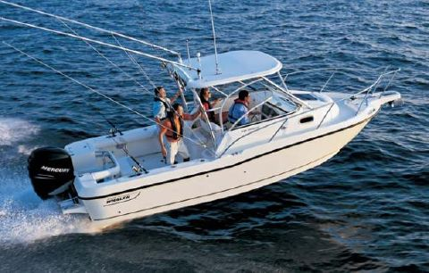 2007 Boston Whaler 235 Conquest Manufacturer Provided Image