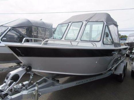 2016 Smoker-craft 202 Phantom DLX