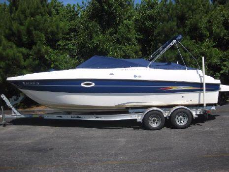 2005 Bayliner 249 Sun Deck