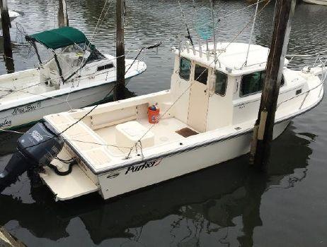 2007 Parker 2520 Cabin