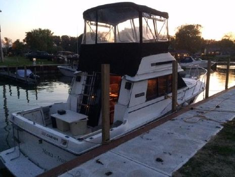 1985 Carver 32 Convertible 1984 Carver 32 Convertible for Sale by Great Lakes Boats & Brokerage 440 221 9001