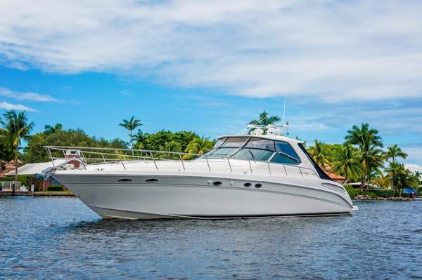 2001 Sea Ray Sundancer Profile