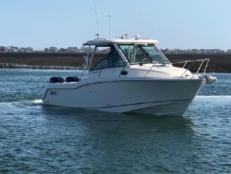 2018 Boston Whaler 285 Conquest