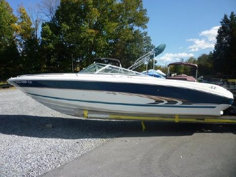 1998 Sea Ray Signature 230