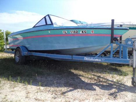 1991 Baja 190 Wake Boat