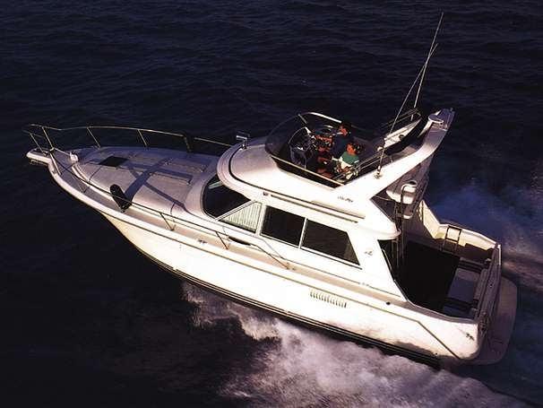 1995 Sea Ray 370 Sedan Bridge