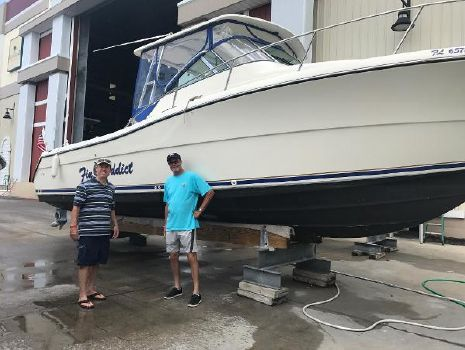 2000 Pursuit 3070 Offshore Center Console Ready to Fish