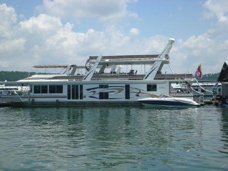 2002 Fantasy Houseboat Custom Houseboat