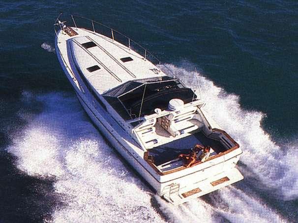 1987 Sea Ray 390 Express Cruiser