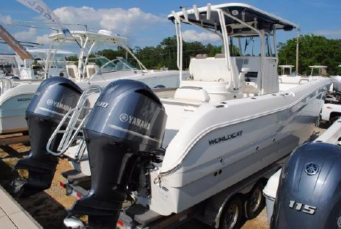 2017 World Cat 295 Center Console 2017-World-Cat-295-Center-Console-OFFSHORE-CATAMARAN-FOR-SALE
