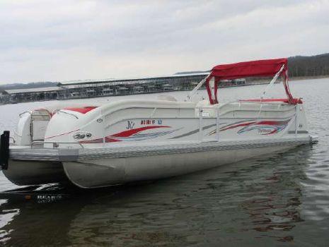 2005 J C Mfg Inc 266 Tri-toon IO