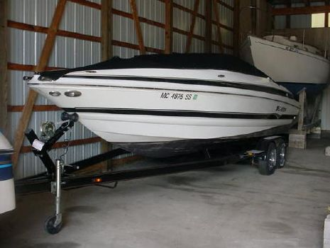 2005 Larson LXi 268