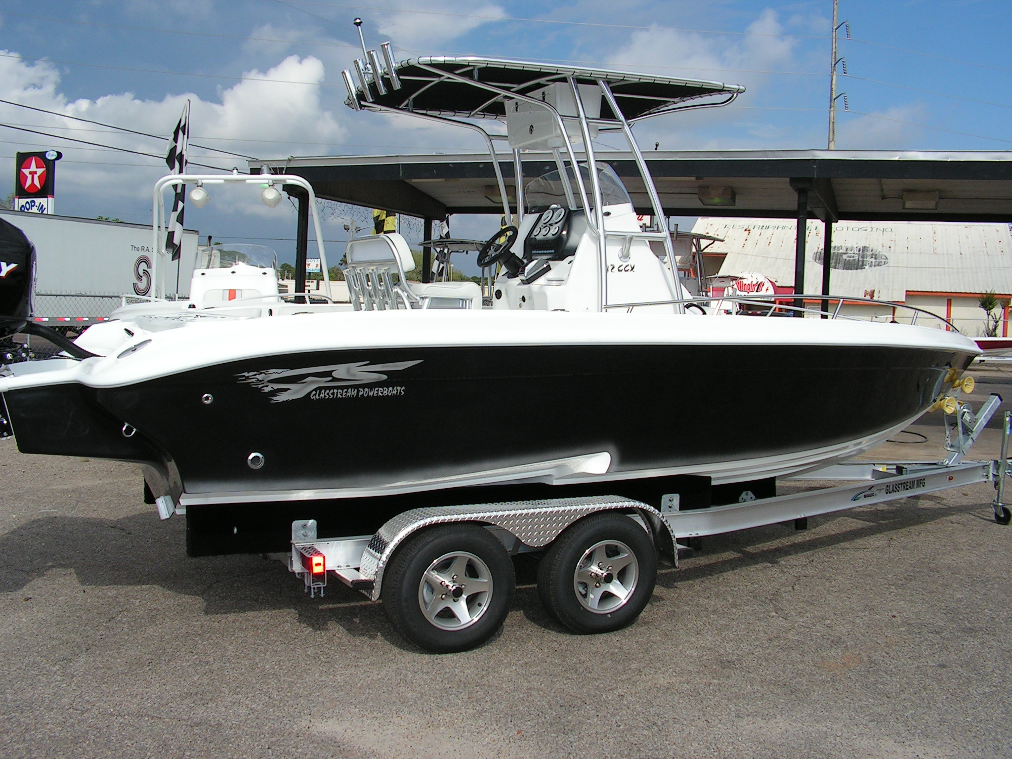 2015 Glasstream 242 CCX