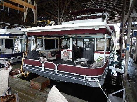 1996 Sumerset Houseboats 16x77