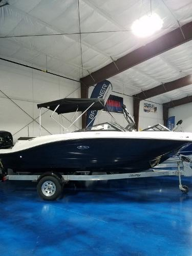 2019 Sea Ray 190 Bow Rider