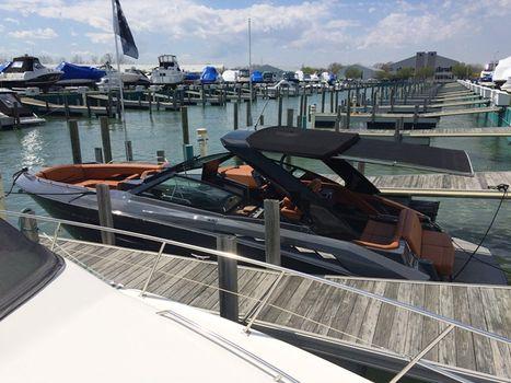2017 Cruisers 338 SOUTH BEACH