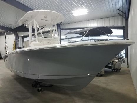 2018 SEA HUNT Ultra 234