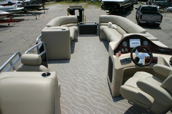 2014 Bentley Encore Elite Admiral 25