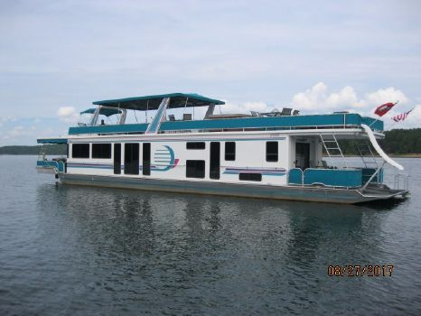 1998 Fantasy Houseboat Wide Body