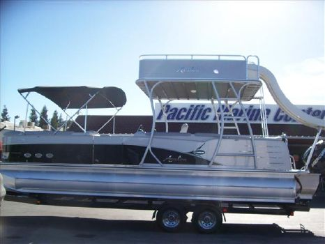 2014 Avalon Deco Series Paradise Funship 27'