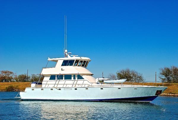 2001 Infinity Yacht Fisherman