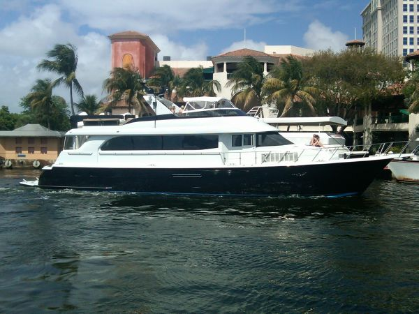 2000 Hatteras 75 Beautiful Condition! CPMY   New River in Downtown Fort Lauderdale