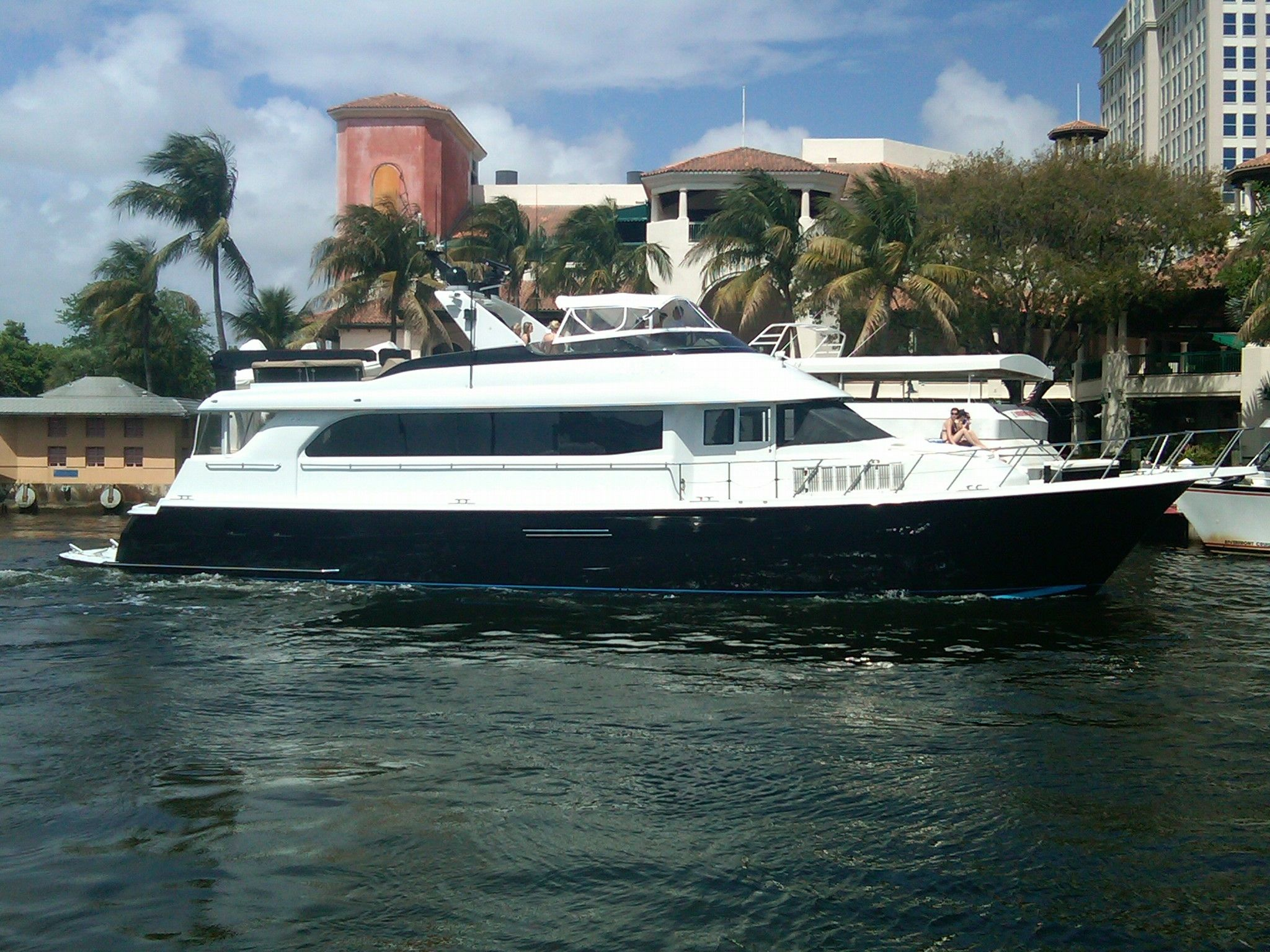 2000 Hatteras 75 Beautiful Condition! CPMY