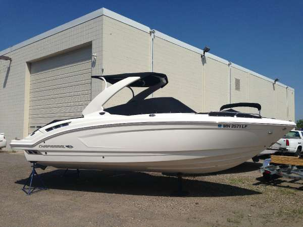 2015 chaparral 257 s sx 26 foot 2015 chaparral motor for Used boat motors mn