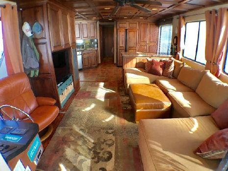 2000 Stardust Cruisers 6016 HOUSEBOAT