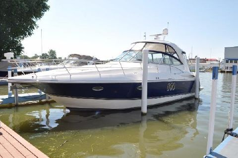 2006 Cruisers Yachts 420 Express Port
