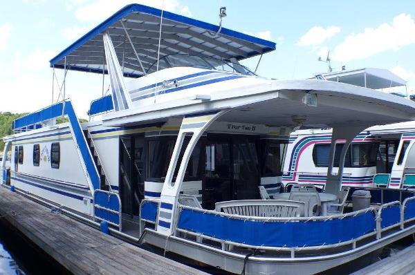 1996 16x67 Jamestowner Houseboat