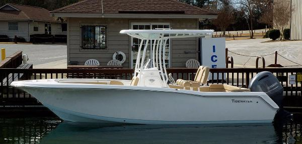 2017 Tidewater Boats 220 LXF