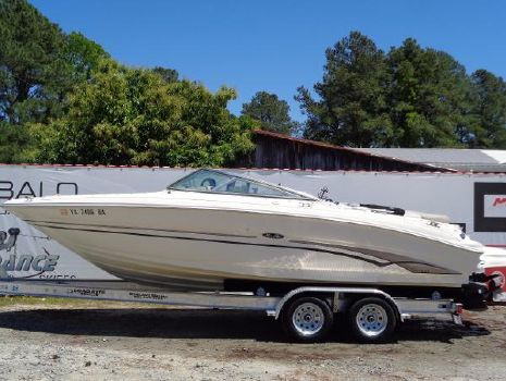 2003 SEA RAY 240 Bow Rider