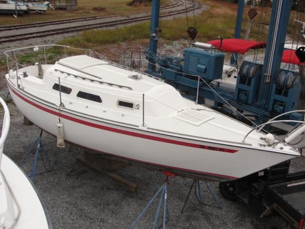 Used 1979 O Day Sailboat 28 Knoxville Tn 37922 Boattrader Com