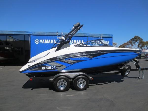 2017 Yamaha 212x 21 Foot 2017 Motor Boat In San Diego Ca