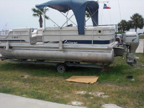 2007 LEISURE PONTOONS Commander 2223