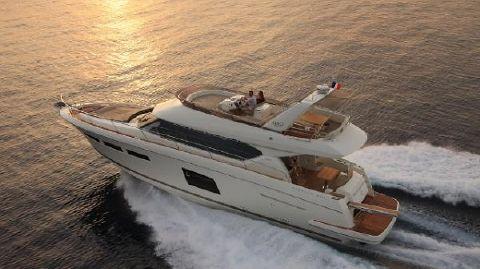 2016 Prestige Yachts 620 Flybridge Port Side Running Shot