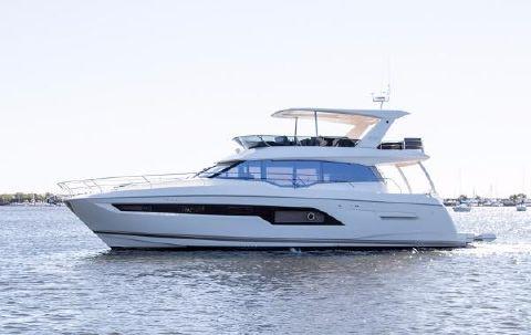 2018 Prestige Yachts 630 Flybridge Port Side