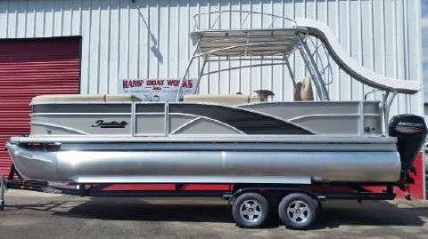 2015 Sweetwater SWPE 240 SD