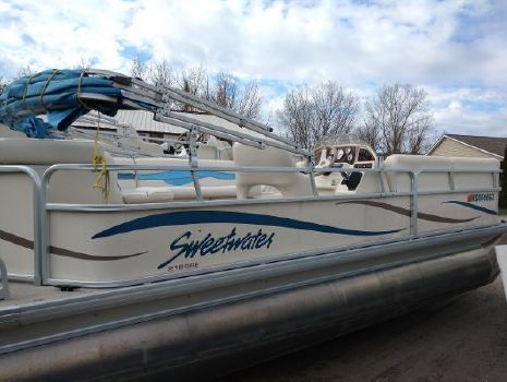 2006 Sweetwater 2186 Re 3 Gate