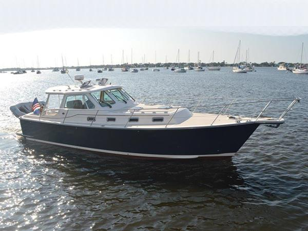 2002 Island Packet Craft Express 360 Profile
