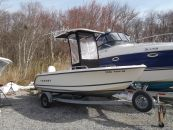 2001 Trophy 1703 Center Console Repowered